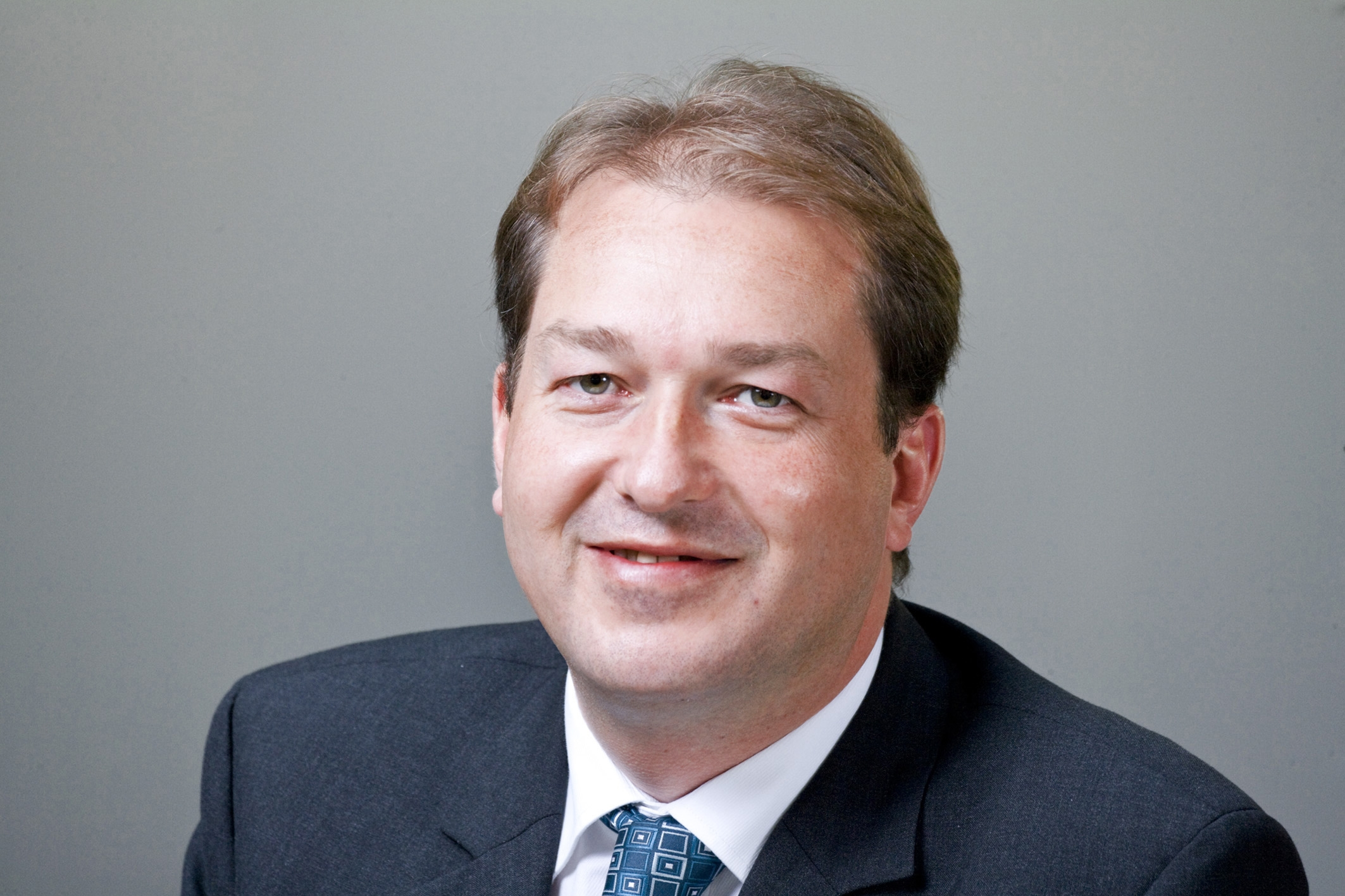 CSU-Generalsekretär Dobrindt: Hartz IV-Familie hat angeblich 1.900 Euro