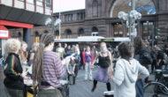 Aus Angst vor erneute Zugblockade: Hundertschaft Polizei im Bonner Hauptbahnhof