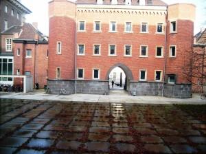 Amts- und Landgericht Aachen Innenhof (C) PR-SOZIAL