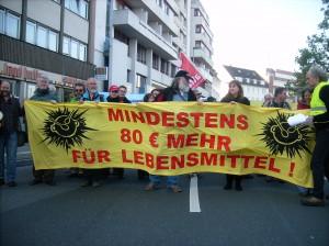 Krach schlagen statt Kohldampf schieben - Erwerbslose demonstrieren am 10. Oktober 2010 gegen Hungerregelsätze