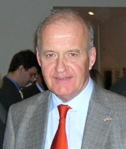 Quelle: http://upload.wikimedia.org/wikipedia/de/6/66/G._Werner_2007.jpg
