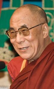 http://de.wikipedia.org/w/index.php?title=Datei:Dalai_Lama_1430_Luca_Galuzzi_2007crop.jpg&filetimestamp=20100807201636