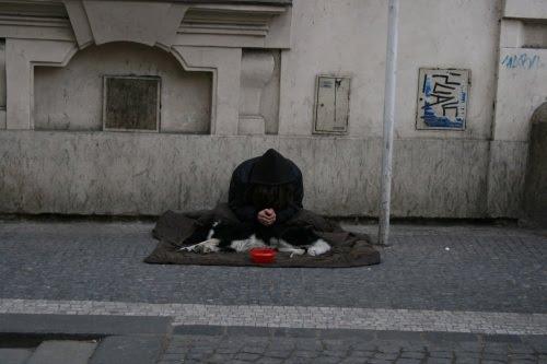 12 Millionen Menschen sind in Deutschland armutsgefährdet