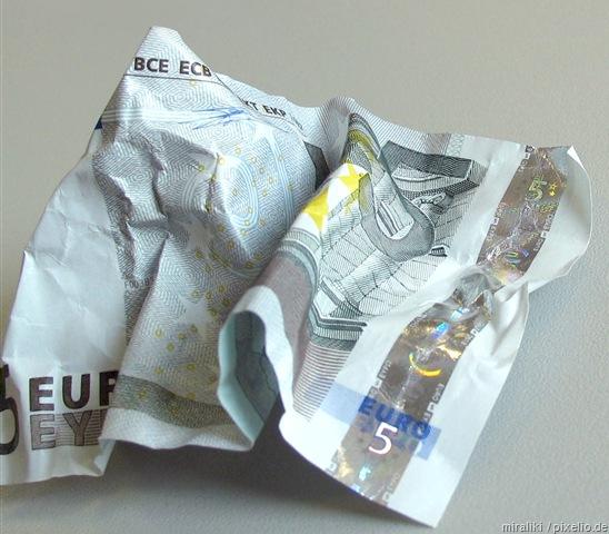 Institut für innovative Politik (IP) für fünf Euro gesetzlichen Mindestlohn!