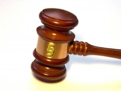 Gericht verbietet Fluglotsenstreik in Frankfurt