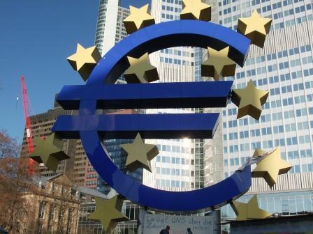 Wir werden vor der EZB und nicht draußen im Stadtwald demonstrieren