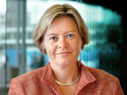 Gesine Lötzsch erklärt Rücktritt vom Parteivorsitz der Partei DIE LINKE