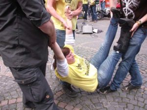 Blockadetraining Bonn 28. April 2012 für Blockupy in Bonn