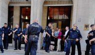 """""""Daumen hoch für Inge Hannemann"""" am 19.06. 2013 – Berliner Flashmob klein aber oho"""